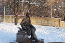 Кампус КПІ. Пам'ятник Костянтину Калініну