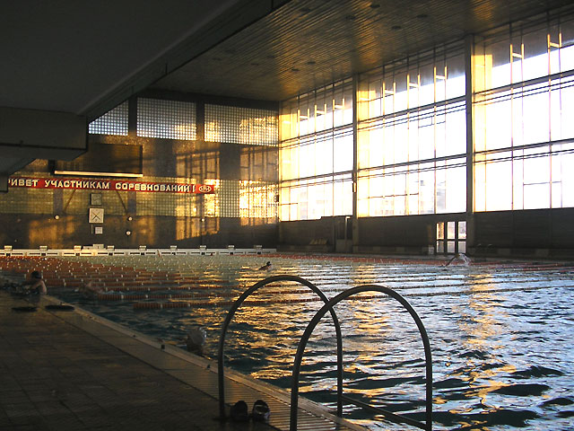 https://kpi.ua/files/images/swimming-pool.jpg