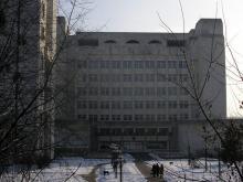 Кампус КПІ. 9 корпус взимку
