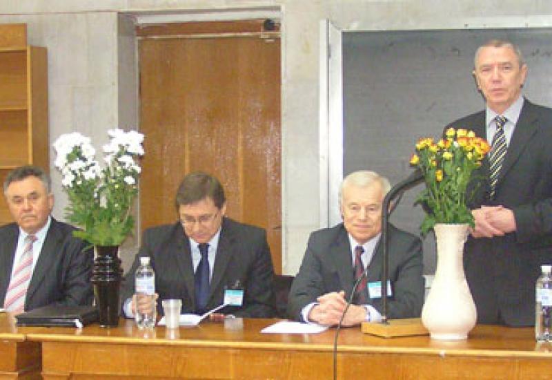 """2011.04.11-14 XXXI Міжнародна науково-технічна конференція """"Електроніка і нанотехнології"""""""